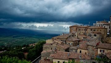"""02-07-2016 07:06 Włoskie miasto chce być scenerią """"Gry o Tron"""". Ma szansę dzięki... Brexitowi"""