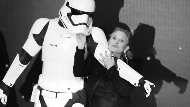 Gwiezdne Wojny jednak bez cyfrowej Carrie Fisher