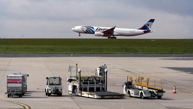 ESA: Wyciek paliwa w rejonie katastrofy samolotu EgyptAir