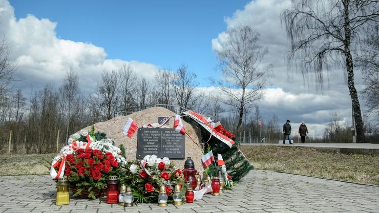Krewni ofiar Katynia i katastrofy smoleńskiej dotarli w poniedziałek w nocy do Moskwy