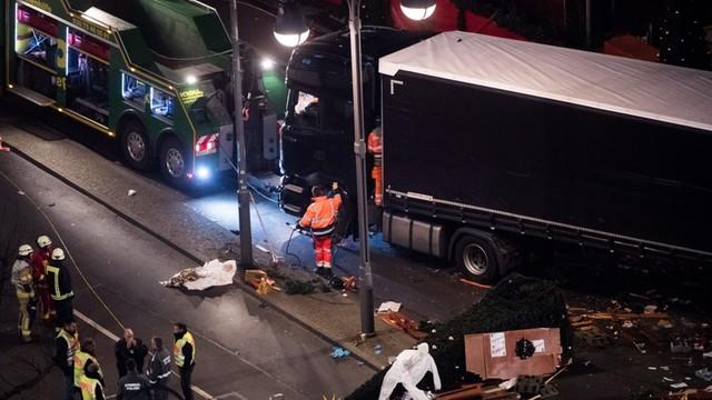 Bild: Polak żył w momencie zamachu, w szoferce doszło do walki