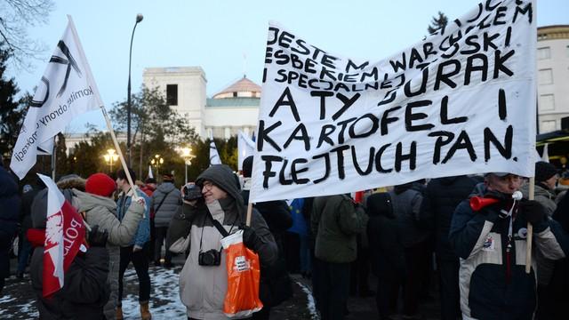 To koniec KOD-u? Garstka protestujących podczas sobotnich protestów