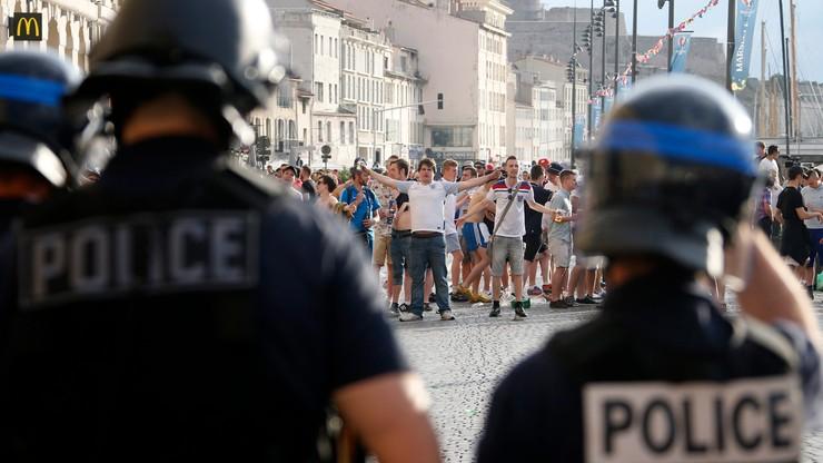 Premier Francji zapowiada deportację kibiców. Sześciu Rosjan w areszcie deportacyjnym