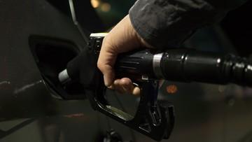 16-03-2017 07:24 Trump zapowiedział zmianę przepisów dotyczących zużycia paliwa