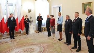 2016-09-26 Prezydent wręczył akty nominacyjne członkom Kapituły Orderu Odrodzenia Polski
