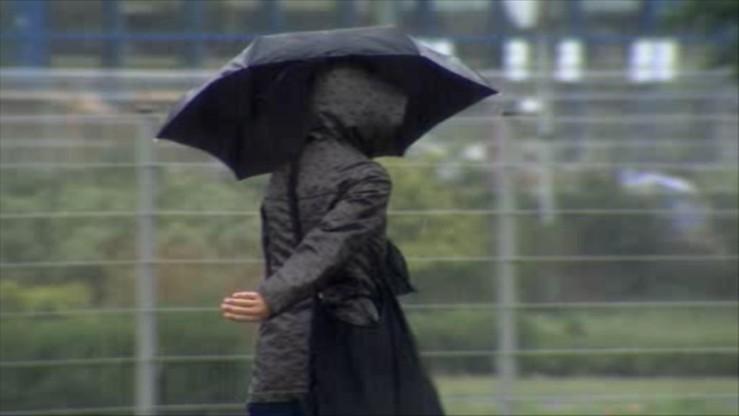 Polska w deszczu. Ostrzeżenia drugiego stopnia dla południa i centrum kraju