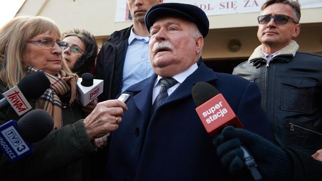 Wałęsa przybył do IPN w sprawie teczki TW Bolka