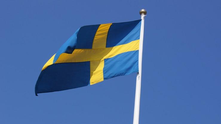 Szwedzcy kibice podarowali bezdomnemu z Kielc buty i bilet na mecz. Mężczyzna wcześniej stanął w ich obronie
