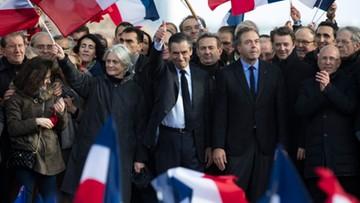 05-03-2017 18:03 Wiec poparcia dla Fillona w Paryżu. W partii rośnie presja, by ustąpił