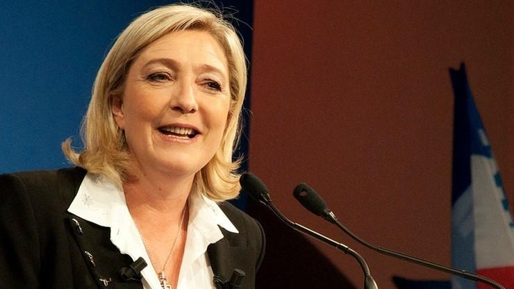 W nagraniu rozmowy Le Pen z dziennikarzami nie ma słów o demontażu UE. Autor przeprasza