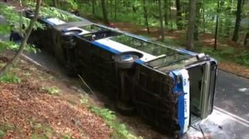 Dwie osoby ciężko ranne w wypadku miejskiego autobusu w Gdyni