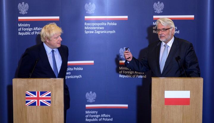 """""""Nie ma zgody na ksenofobię"""" - oświadczenie szefów MSZ Polski i Wielkiej Brytanii"""