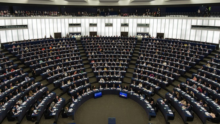 Europarlamentarna frakcja Zielonych chce przepisów chroniących informatorów