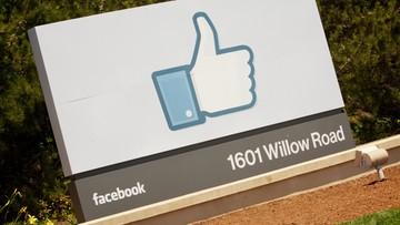 22-12-2015 19:09 Nie śledź byłego partnera na Facebooku. To szkodliwe i uzależniające