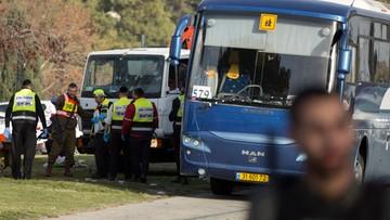 08-01-2017 13:42 Ciężarówka wjechała w żołnierzy. Zamach w Jerozolimie