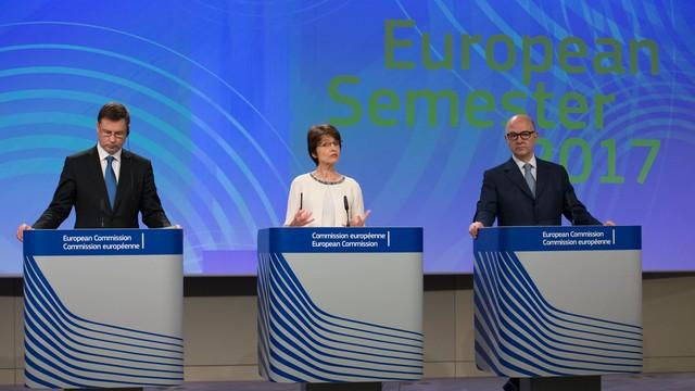 KE dementuje, że chce euro do 2025 roku we wszystkich krajach