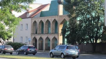 04-07-2017 20:21 Próba włamania do meczetu w Warszawie. Spór muzułmanów o prawo do budynku
