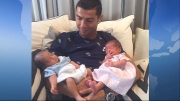 """30-06-2017 08:34 """"Dwie nowe miłości mojego życia"""". Ronaldo pokazał zdjęcie bliźniaków"""