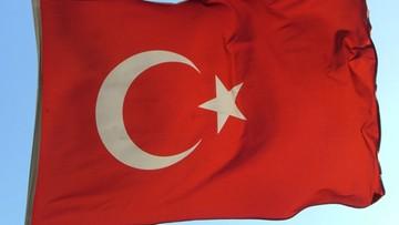 15-04-2016 19:32 Turcja: premier wzywa opozycję do wyrażenia zgody na pozbawianie immunitetu