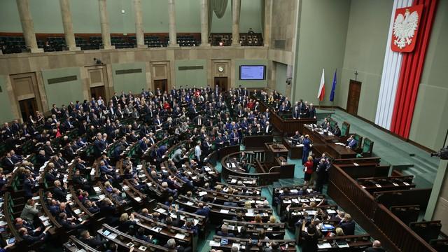500+ już w Sejmie. Debata nad projektem
