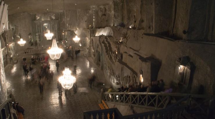 Wieliczka: całodobowa kopalnia soli - dla uczestników Światowych Dni Młodzieży