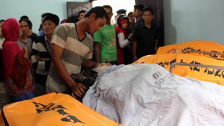 10 osób utonęło po przewróceniu się łodzi u wybrzeży Indonezji