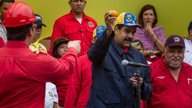 Wenezuela: władze grożą urzędnikom, którzy wezmą udział w referendum