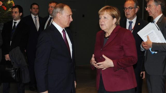 Merkel: twarda rozmowa z Putinem o Syrii