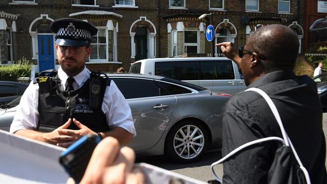 W. Brytania: sprawca zamachu na muzułmanów zatrzymany za terroryzm