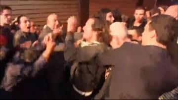 08-04-2017 19:48 Nacjonaliści kontra... nacjonaliści. Zamieszki przed wiecem Marine Le Pen na Korsyce