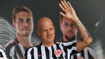 2017-01-03 Obrońca Eintrachtu wrócił do treningów po pokonaniu nowotworu!