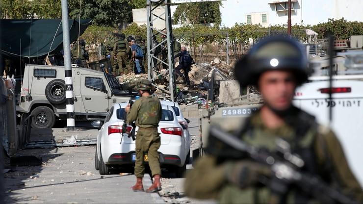 Izrael: minimum trzy lata więzienia za rzucanie kamieniami w wojskowych i cywilów