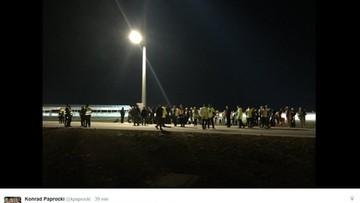 28-03-2016 00:53 Ewakuacja lotniska w Modlinie. Służby przeszukały terminal