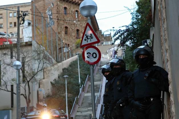 Hiszpania: zatrzymano osoby rekrutujące dżihadystki