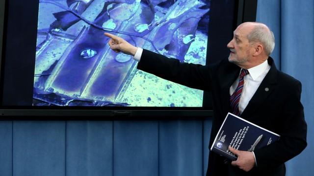 MON ma w czwartek powołać komisję, która wznowi badanie katastrofy smoleńskiej
