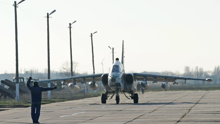 Pentagon potwierdza: Rosja wycofała większość samolotów z Syrii