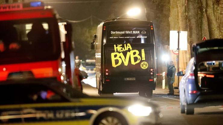 Policja: Celowy atak na drużynę BVB. Bartra operowany