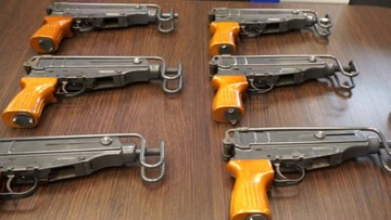 17-02-2017 12:25 Przerabiali broń sygnałową na odpowiedniki AK-47. CBŚP rozbiło gang handlarzy bronią