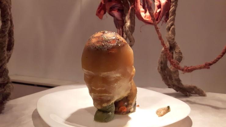 Głowa Lenina z galerety wieprzowej na wystawie. Przetrwała dwa dni