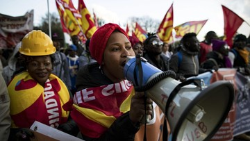 """16-12-2017 20:08 """"Prawa bez granic"""". Wielka manifestacja w Rzymie w obronie praw migrantów"""