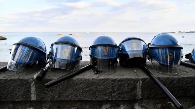 Włochy - postępowanie ws. karabinierów, którzy drwili z mężczyzny