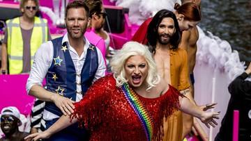 07-08-2016 10:09 Parada gejów w Amsterdamie. Wśród uczestników Conchita Wurst i unijna komisarz