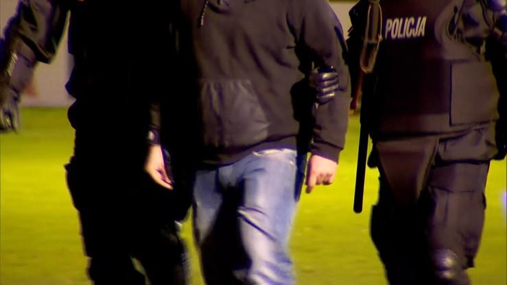 Grzywny, zakazy stadionowe i prace społeczne. Sąd ukarał zatrzymanych kibiców na Śląsku