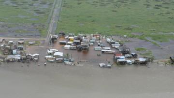 """27-08-2017 22:52 Władze Teksasu obawiają się """"katastrofalnych powodzi"""". Gubernator: w dalszym ciągu będzie padać"""