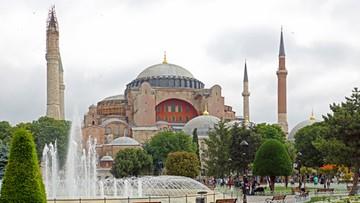 28-05-2016 18:05 Turcja: muzułmanie żądają przywrócenia meczetu w Hagia Sophia