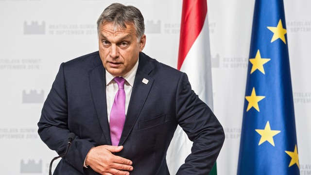 Orban o imigrantach: gdyby nie Węgry, Europa by upadła