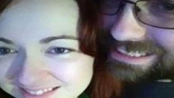 """W nieludzkich warunkach, """"uwiązana na łańcuchu jak pies"""" - amerykańska policja odnalazła zaginioną 30-latkę"""