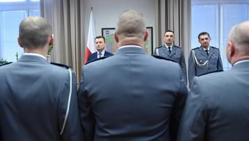 """20-03-2017 13:56 Błaszczak nagrodził funkcjonariuszy. M.in. za złapanie """"Hossa"""""""