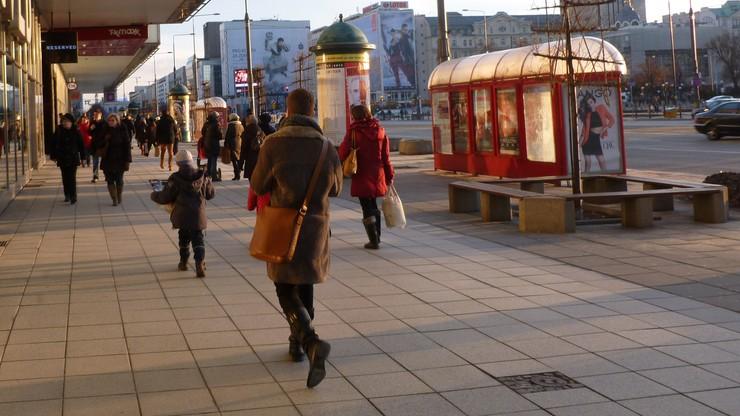 Sondaż: prawie połowa Polaków zadowolona z sytuacji gospodarczej w kraju