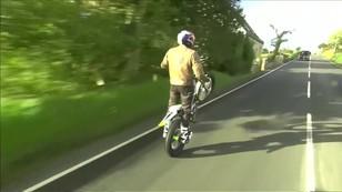 Motocyklowy rekord jazdy na jednym kole